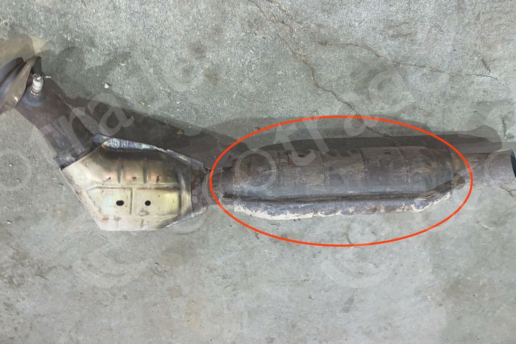 Ford-1L3C 5G218 GA (LONG)Catalytic Converters