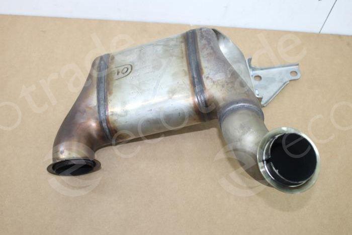 Volkswagen - Audi-04L166AA 04L131690Q 04B131656CCatalytic Converters
