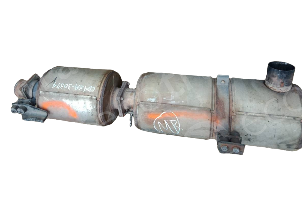Nissan-7L04073 7KM2112Catalytic Converters