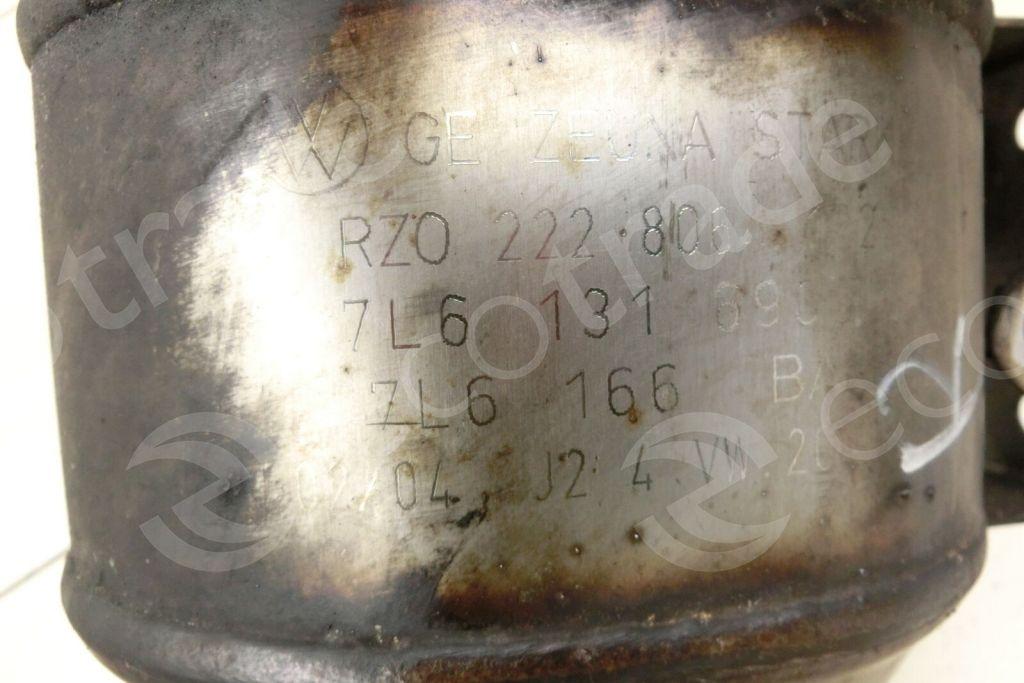 Volkswagen - AudiZeuna Starker7L6131690T 7L6166BACatalytic Converters