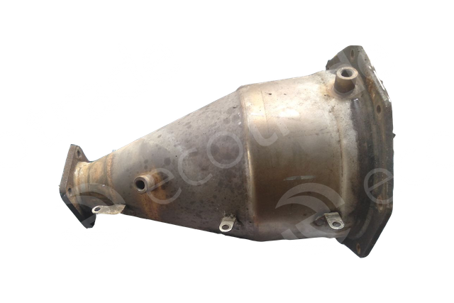 Isuzu-160727 2135Catalytic Converters