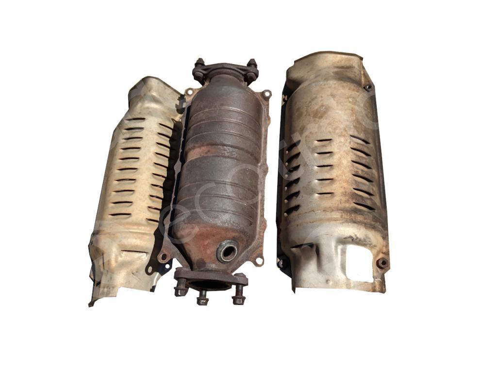 Honda-10 Holes + 10 Holes (1 Sensor)Catalytic Converters