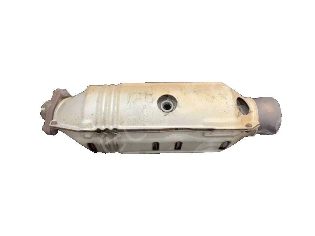 Honda-4 Holes 2 Sensor (Middle / Border)Catalytic Converters