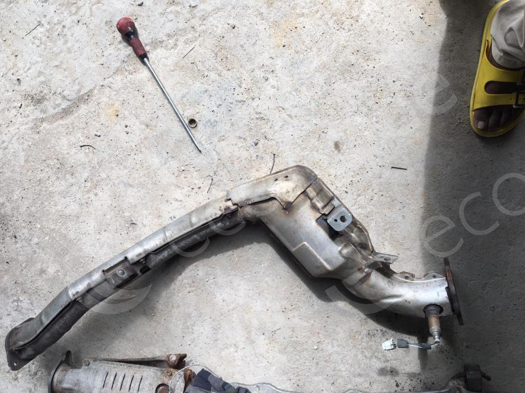 Subaru-0421Catalytic Converters