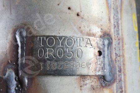 Toyota-0R050Katalysatoren