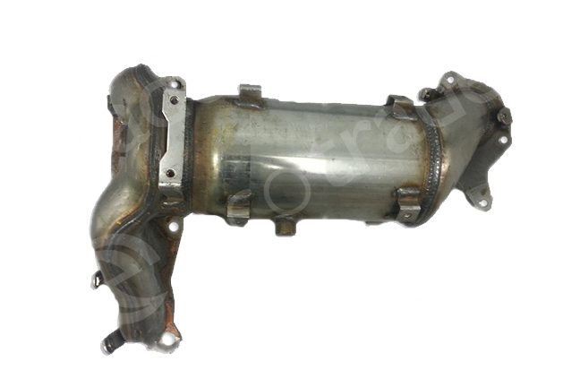 Nissan-1414325XCatalyseurs