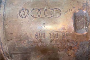 Volkswagen - AudiEberspächer8D0131702HN 8D0178BECatalytic Converters