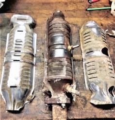 Honda-10 Holes + 9 Holes CIVIC (2 sensors, Middle/Border)Catalytic Converters