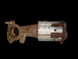 Nissan-1916Catalytic Converters