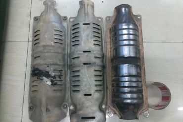 Honda-12 Holes + 12 Holes CIVIC (No Sensor)Catalytic Converters